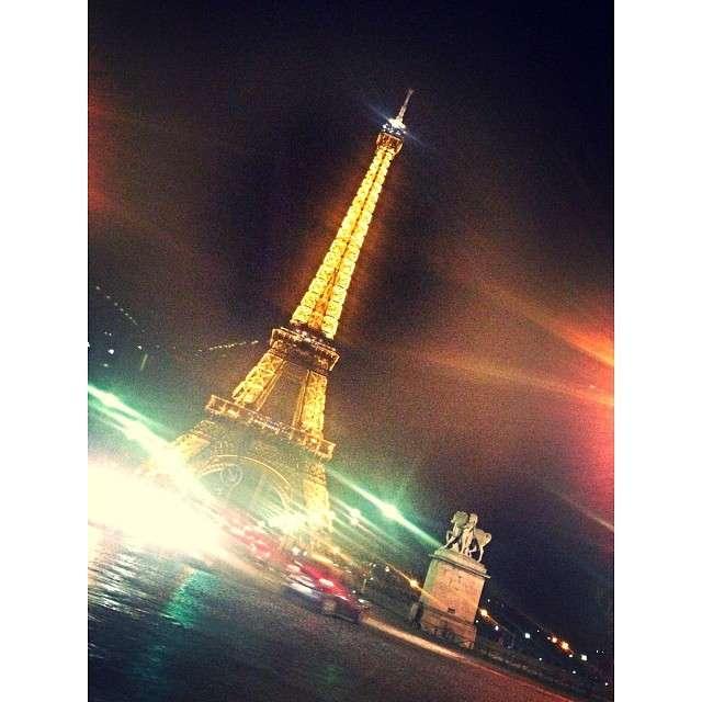 My ♥️ goes to #Paris