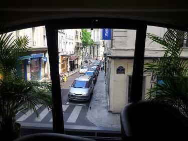 A Street View in #Paris