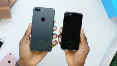iPhone 7 and 7 Plus Unboxing: Jet Black vs Matte Black!