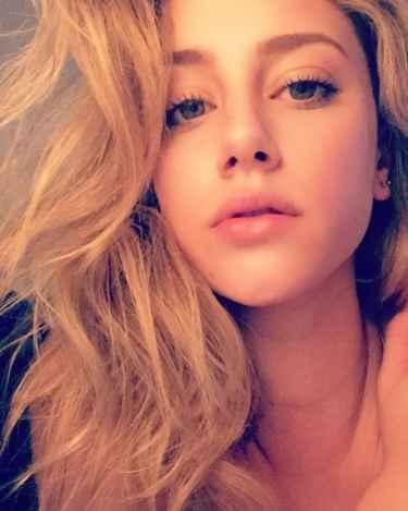 Lili Reinhart Snapchat Username @lilireinhart