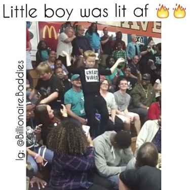 Little boy got the game crowd lit af 🔥🔥🔥