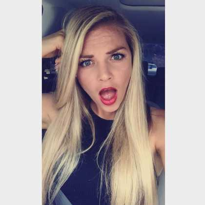 #CuteGirlsOfInstagram: Melissa Henderson 👍