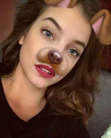 #Celebrity: What is Barbara Palvin's snapchat username?