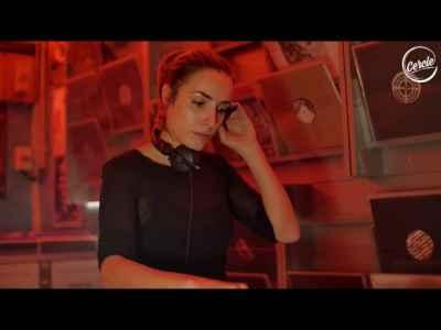 Livia 100% vinyl DJ set @ Techno Import #TechHouse #FemaleDJs