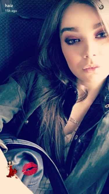 Hailee Steinfeld Snapchat will make you gush, she is so pretty... #haiz