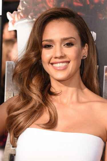 Jessica Alba Snapchat Username @jessicamalba