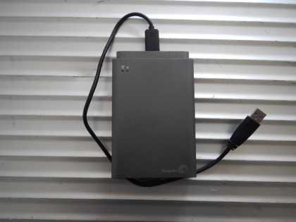 Seagate Wireless Plus Review | #tech #hard_drive