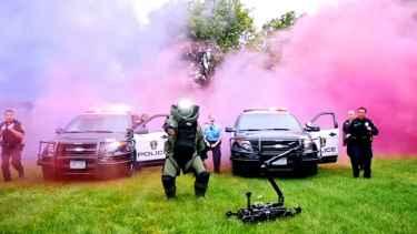 Bloomington Police Department - Running Man Challenge #GOLD