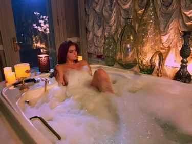 Ariel Winter Getting A Nice Bubble Bath