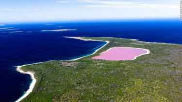 Lake Hillier, Australia's Colored Pink Lake