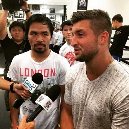 Tim Tebow Visits Manny Pacquiao... Does this mean that the God Almighty is on the sides of Pacquiao? Watch out Mayweather!
