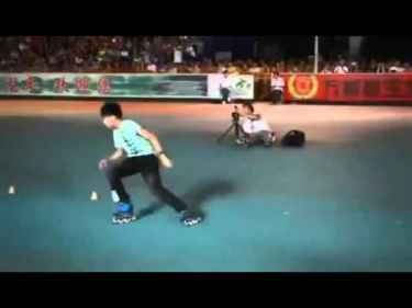 Kid Has Crazy Rollerskating Skills