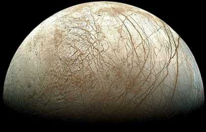200-Kilometer-High Jets of Water Discovered Shooting From #Europa