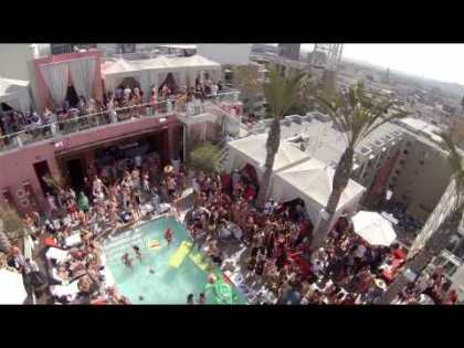 #Travel: Drone with GoPro camera flies over LA rooftop pool party