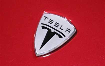 #Tesla Motors plans to debut cheaper car in early 2015   #TSLA
