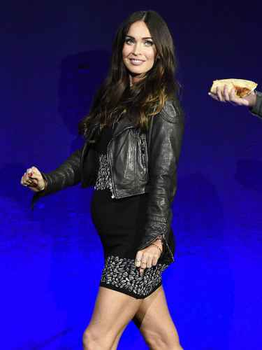 Megan Fox debuts baby bump, pregnant for third child