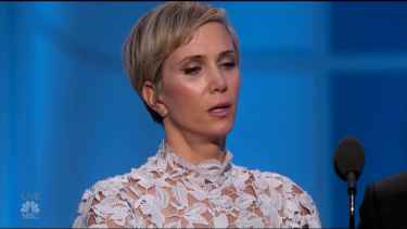 Kristen Wiig and Steve Carell was hilarious at their Golden Globes 2017 presentation