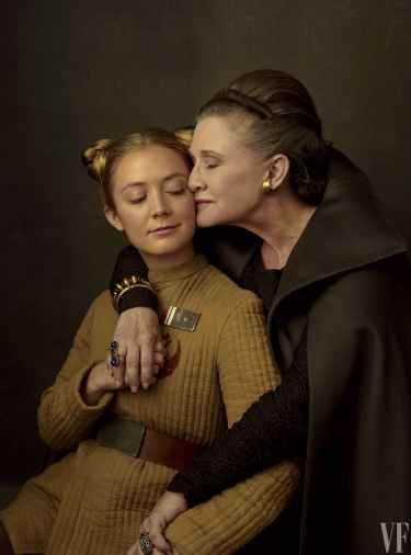 Carrie Fisher and daughter Billie Lourd in 'Star Wars: The Last Jedi'