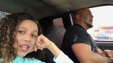 Daughter records her dad singing 'Tennessee Whiskey' #AmazingCover