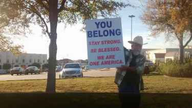 A Lone Texas Cowboy Stands Outside a Mosque To Show Support For Muslims