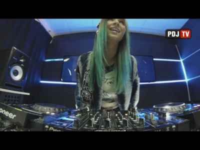 Miss Monique - Live @ Radio Intense 31.01.2017 #ProgressiveHouse #DJs