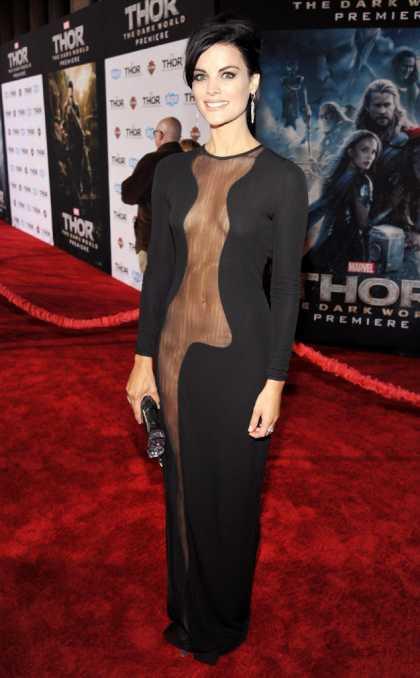 #Celeb: Jaimie Alexander Classy Gown But No Underwear At #Thor Premiere