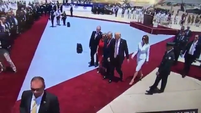 First Lady Melania Trump Refused to Hold President Trump's Hand