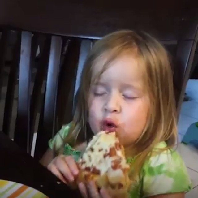 When you're sleepy AF... but pizza is life... 🍕