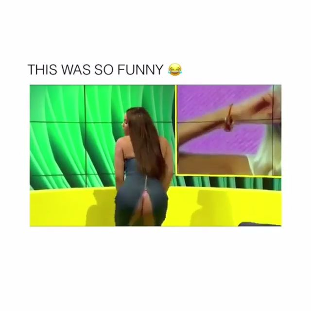 She showed him what a proper #twerk is and this happened... 😆 #LOL #Sexy